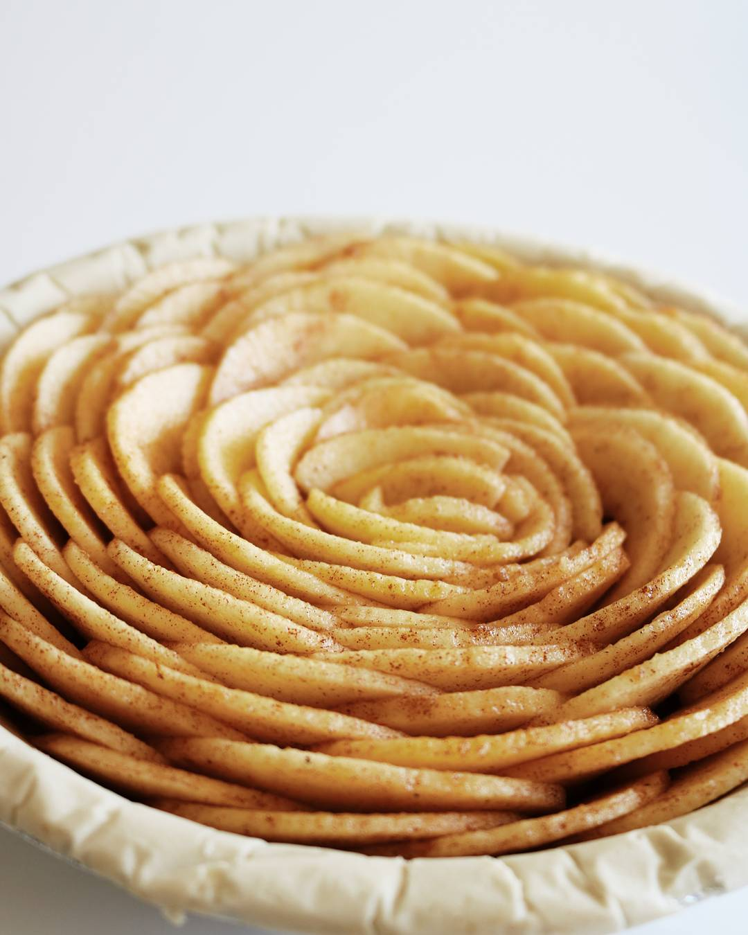 Rose Caramel Apple Pie